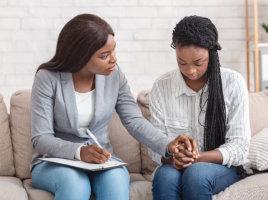 psychologist diagnose her patient
